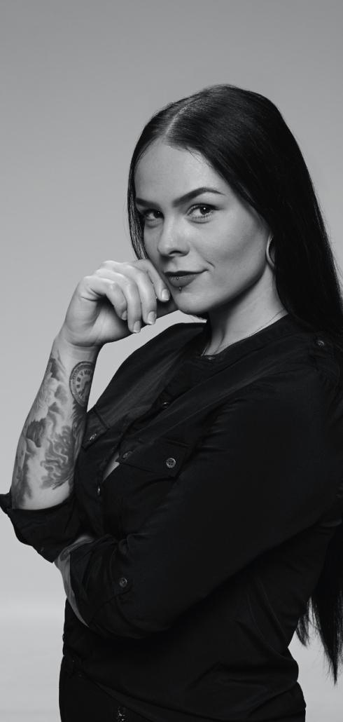 Evelin Harkály